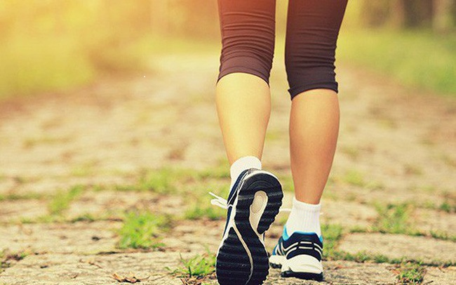 Walking is an effective exercise in reducing belly fat